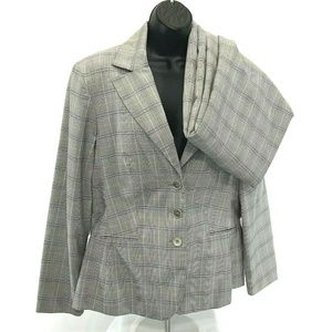 SIGNATURE Larry Levine Gray Plaid 2 Piece Suit